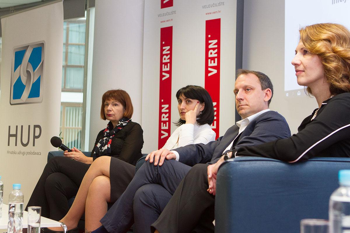 panelisti na danu karijera inicijative privatnog sektora za mlade