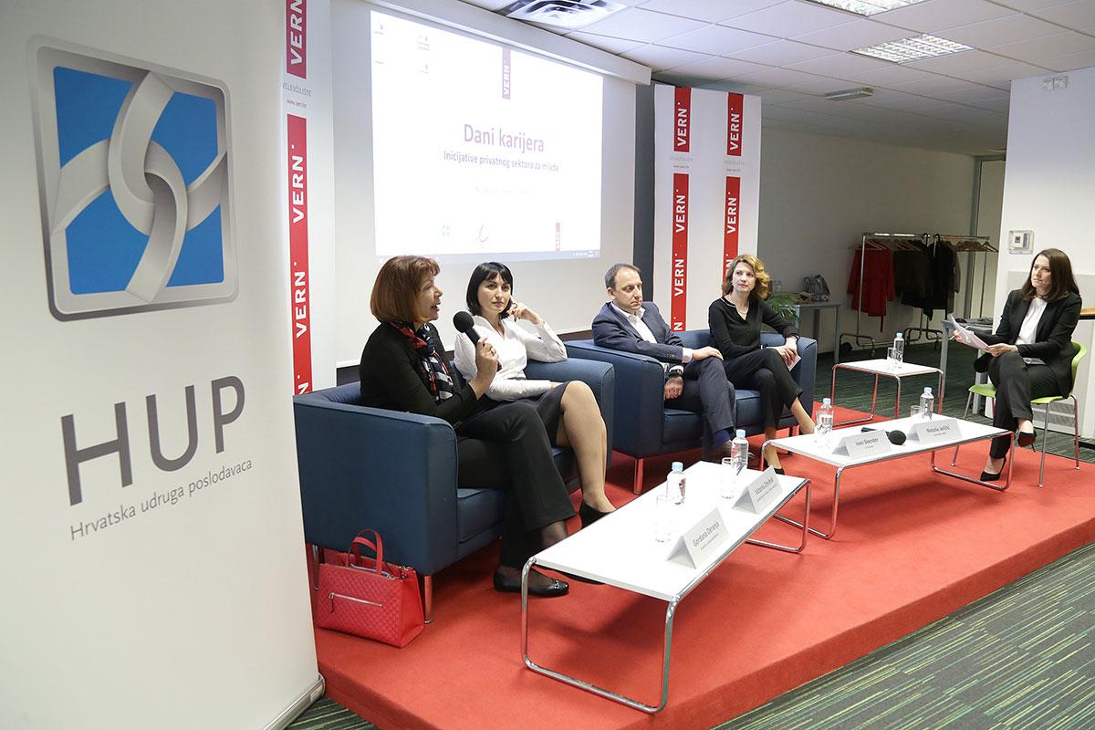 panel diskusija na danu karijera inicijative privatnog sektora za mlade
